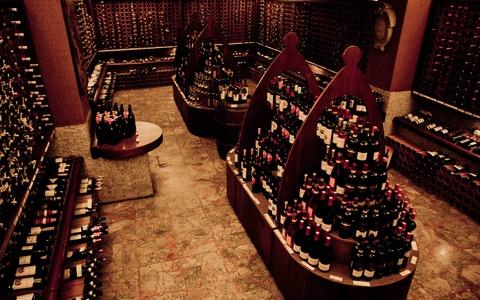 Cantina Alessi - La stanza dedicata ai vini Toscani